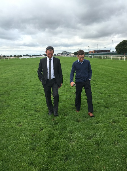 walking-the-course-with-leigh-at-doncaster